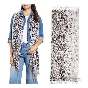 NEW Nordstrom Cashmere Wool Wrap Scarf 🧣